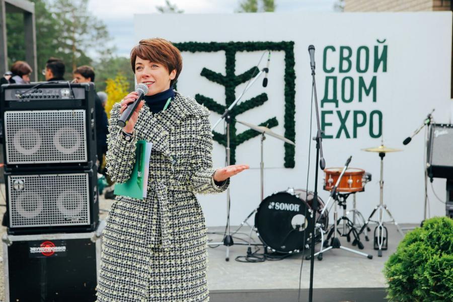 <p>Лора Кузнецова. Фото из архива компании</p>