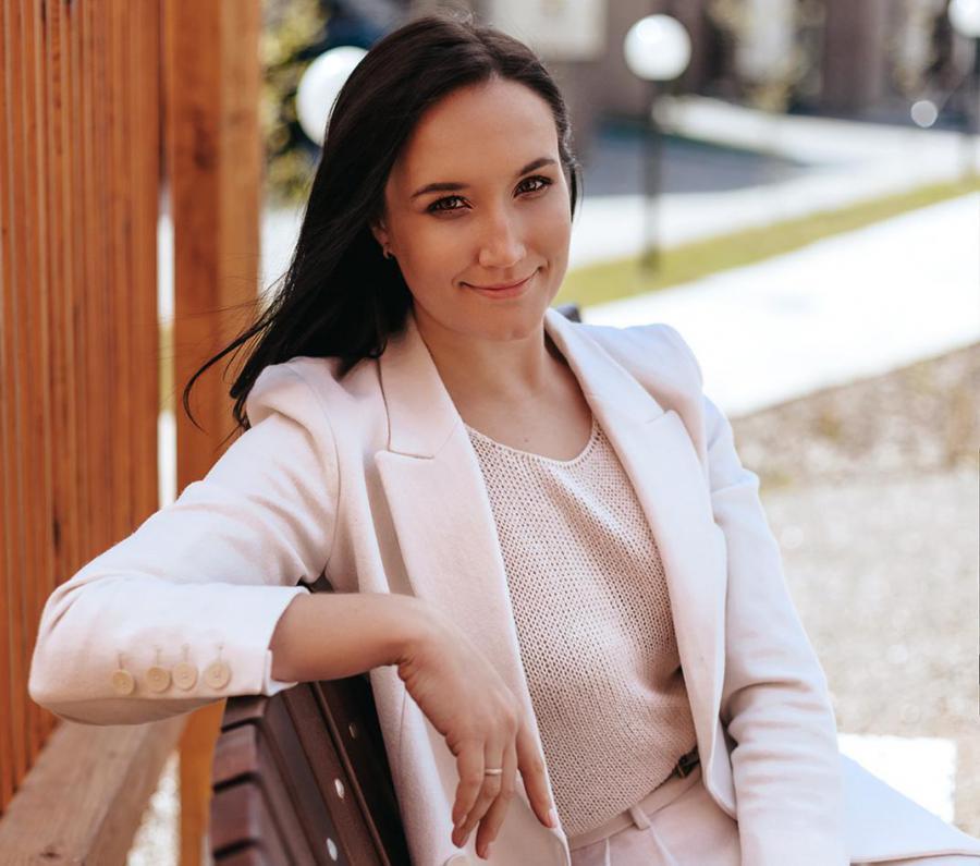 <p>Кристина Яковенко, коммерческий директор девеллоперской группы «Хрустальный» (Иркутск).</p>